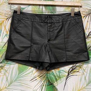 Bebe 100% Leather Shorts w/Lining